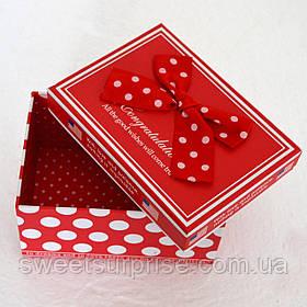 Подарочная коробка в горошек (мини)