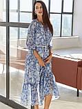 Шифонова сукня-міді з принтом і воланом по низу синє, фото 2