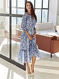 Шифонова сукня-міді з принтом і воланом по низу синє, фото 3