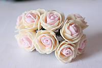 Розочки 2.2 - 2.5 см из латекса (фоамирана) 144 шт/уп на стебле кремовый + нежно-розовый оптом