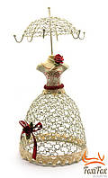 Вешалка для украшений в виде платья