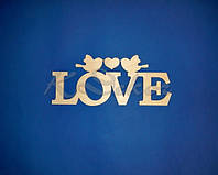 Слово LOVE с птичками