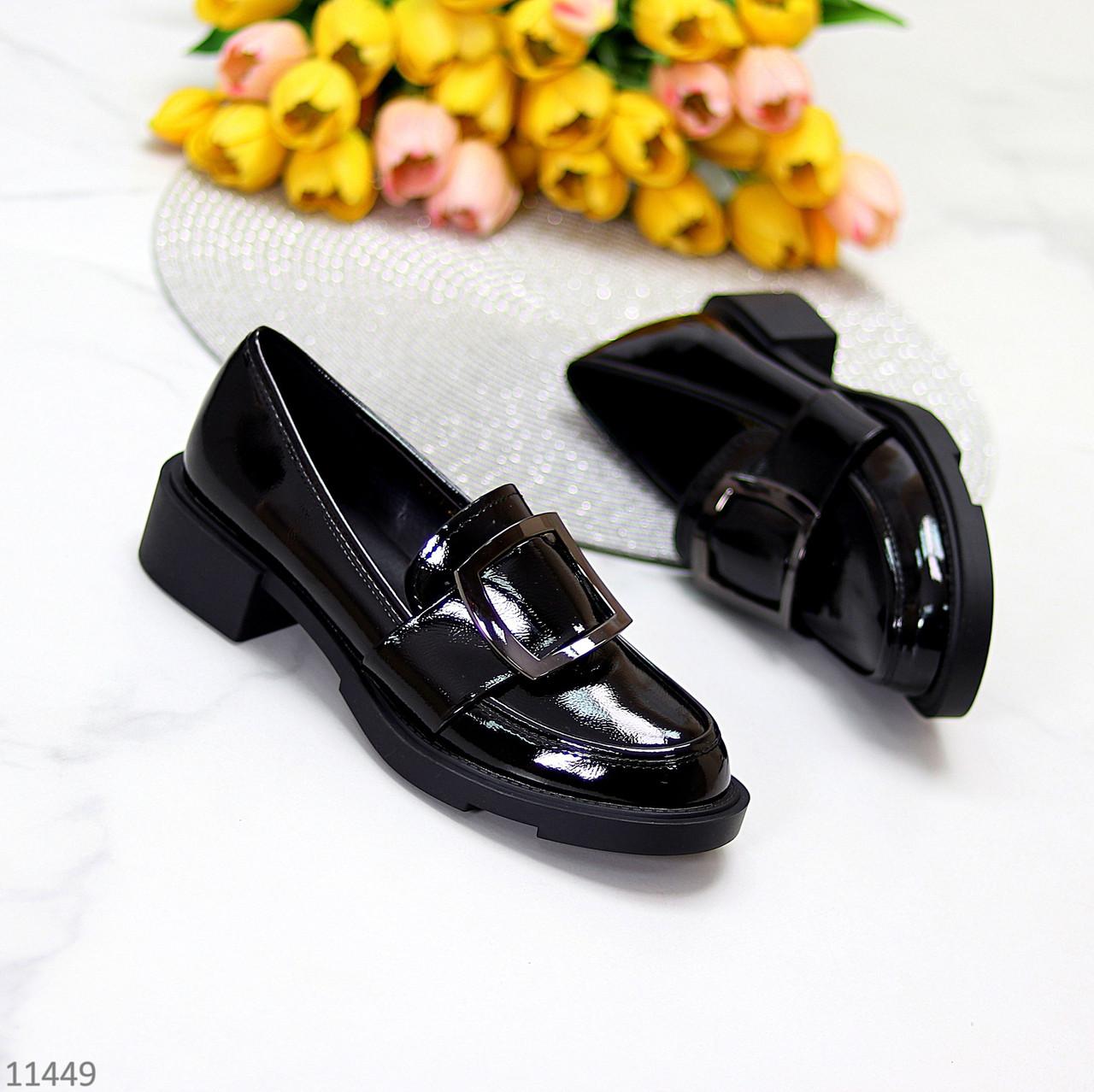 Жіночі туфлі чорні повсякденні з декором еко лак
