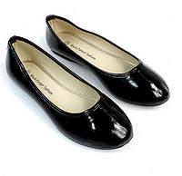 Женские балетки, лодочки туфли , туфли, на плоской подошве от производителя  лак