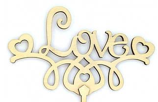 """Топпер дерев'яний """"LOVE з сердечками"""" 1 шт."""
