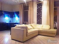 Квартира на площади Свободы, 2х-комнатная (43049)