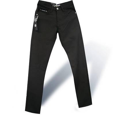 Джинсы подростковые утепленные на мальчика Vigocc чёрного цвета.