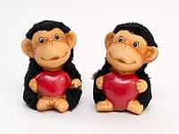 Фигурка Обезьяна с сердечком