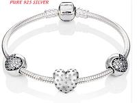 Браслет Pandora с тремя бусинами сердцаl. серебро 925, камни Цирконий. Отличное качество.