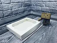 Коробка з віконцем 15х20х3 см--10шт