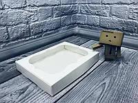 Коробка с окошком  15х20х3 см--10шт