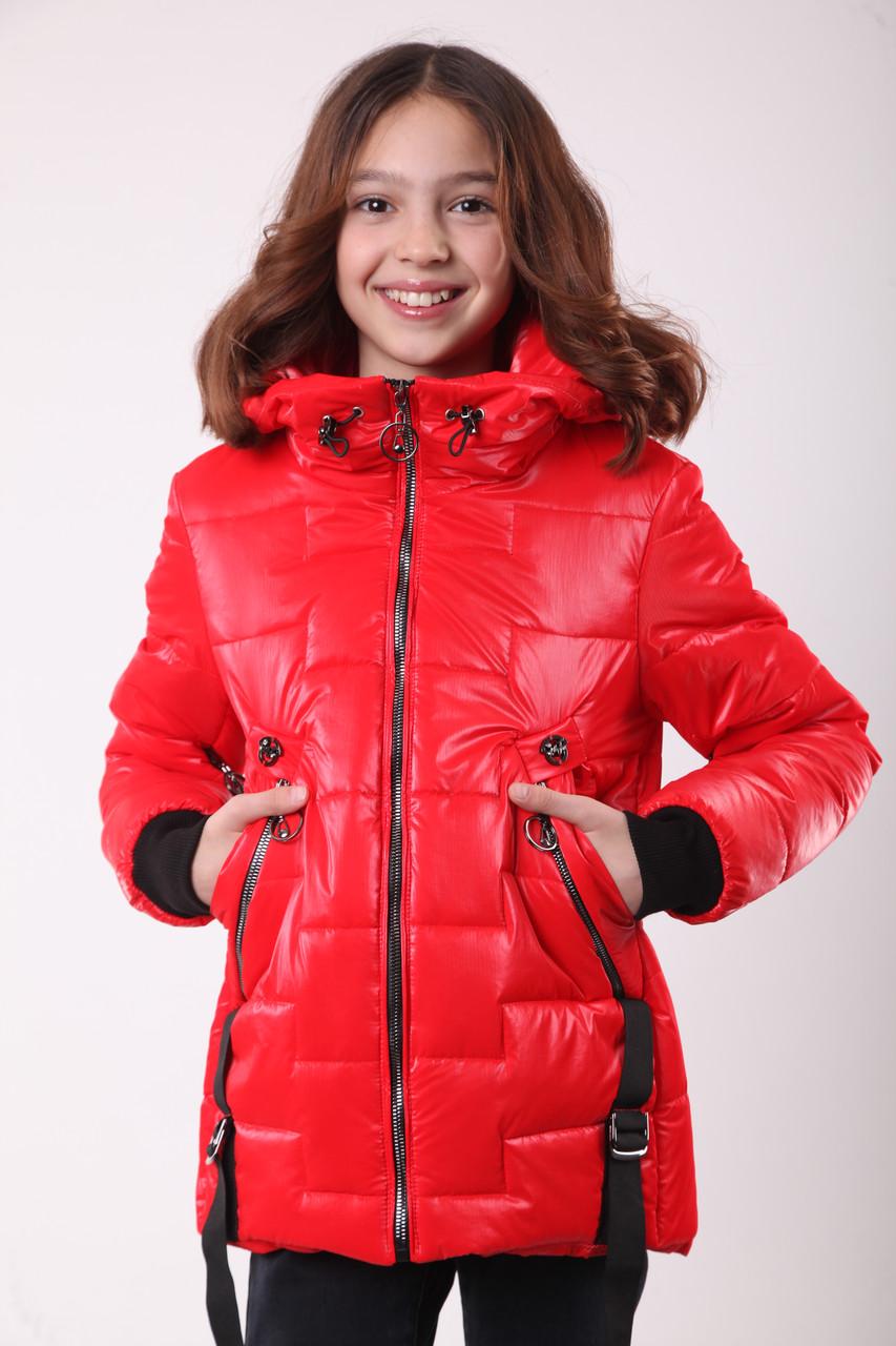 Куртка для девочки на весну рост 140 красный