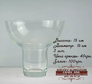 Стеклянная ваза для декора
