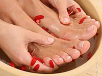 Как избавиться от неприятного запаха ног.