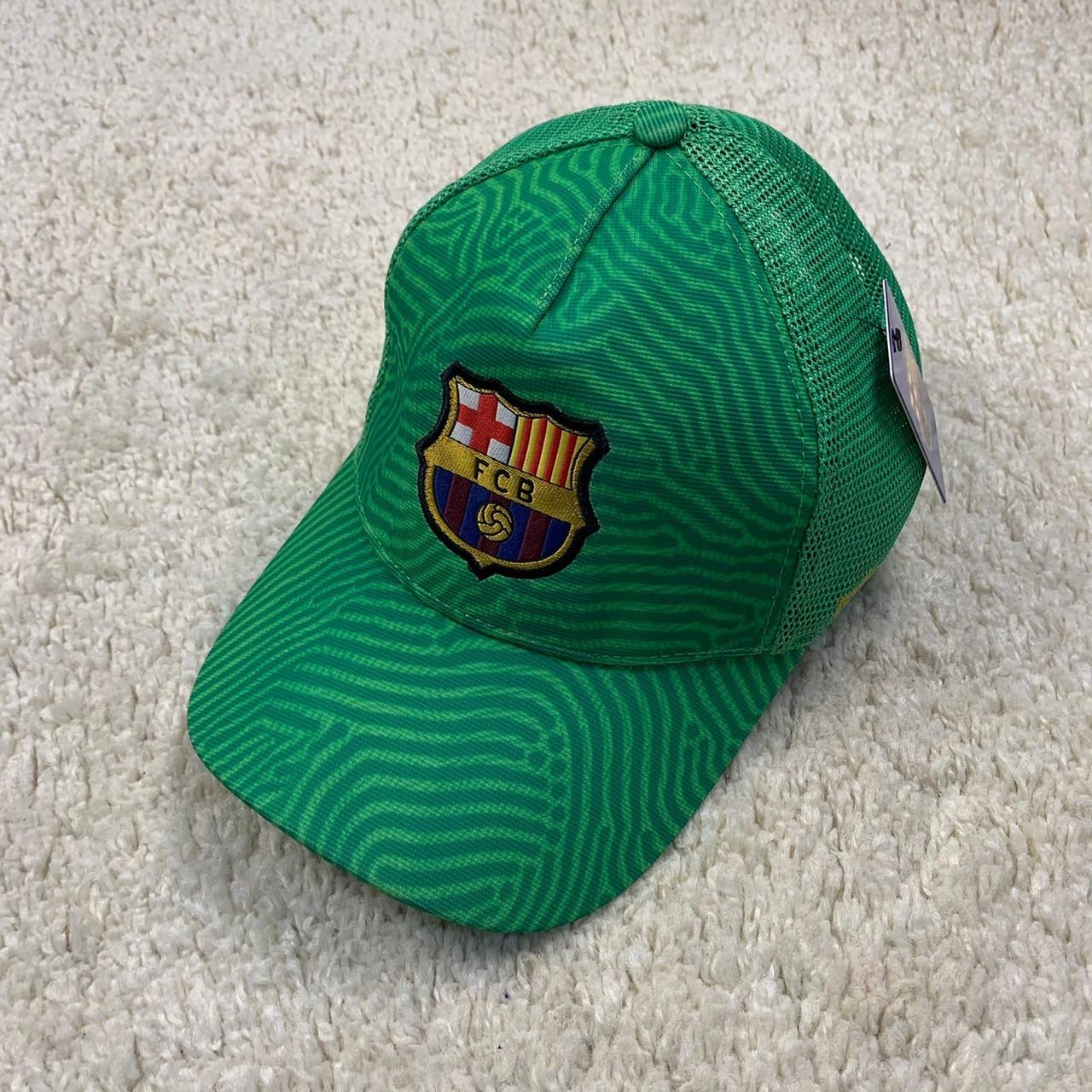 Кепка 20/21 Барселона с сеточкой зеленый