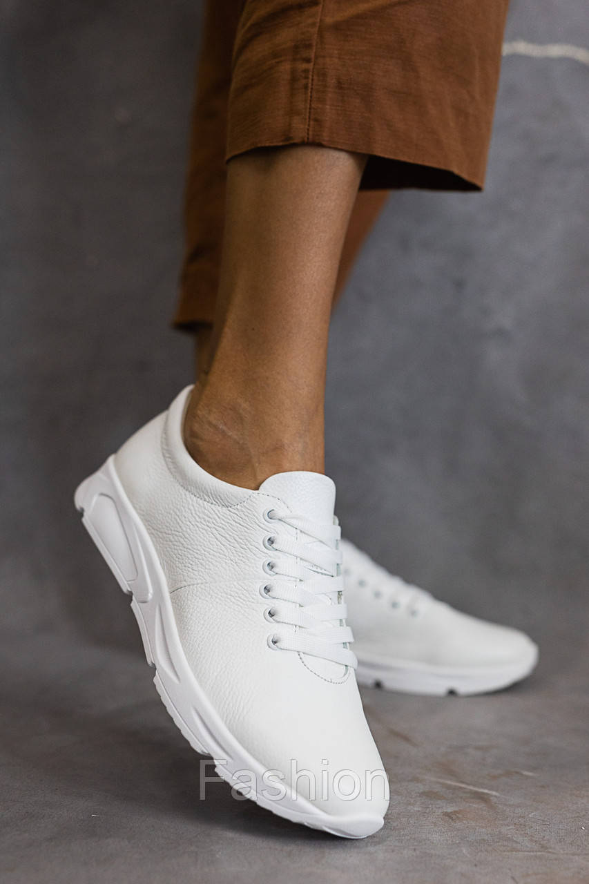 Жіночі кросівки шкіряні весна/осінь білі