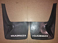 Брызговик Бус с надписью VW