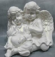 Пара ангелов с сердцем