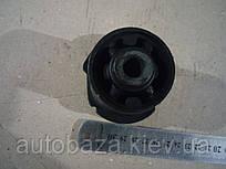 Сайлентблок балки задньої MK 1014001675