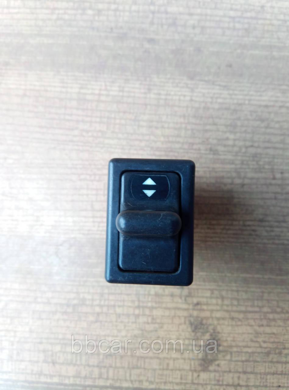 Кнопка стеклоподъемника Audi 100 C2   443 959 855