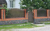 Забор кованый с поликарбонатом