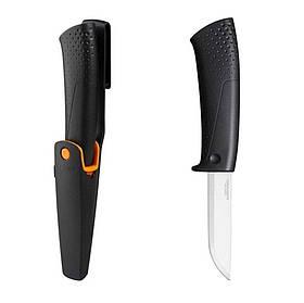 Универсальный нож с чехлом-точилкой Fiskars 1023617