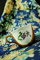 Чашка с нарисоваными цветами