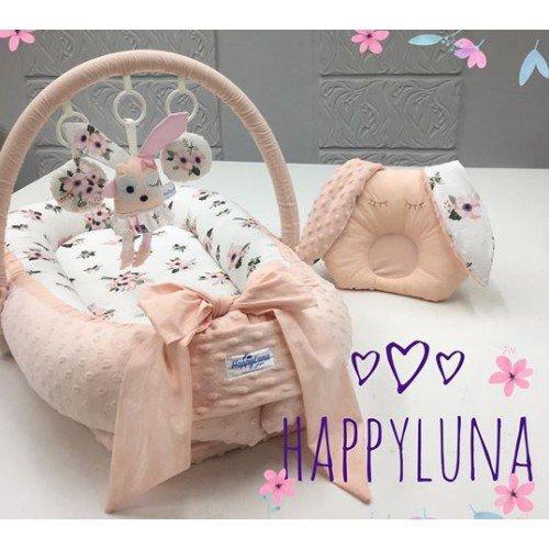 Кокон-гніздечко для новонароджених з тримачем для іграшок і ортопедичною подушкою Квіточка
