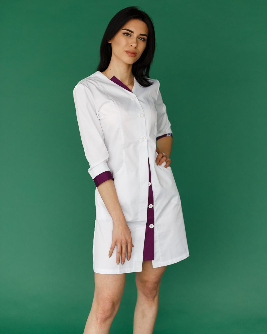 Медичний халат Олівія білий-фіолетовий на гудзиках