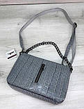 Молодіжна сумка-клатч з ланцюжком сумочка зміїна шкіра Aliri-20395 сероголубого кольору, фото 3
