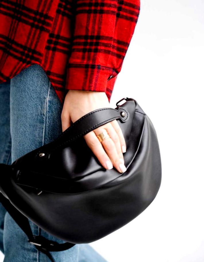 Містка жіноча поясна сумка бананка Aliri-614-04 чорного кольору