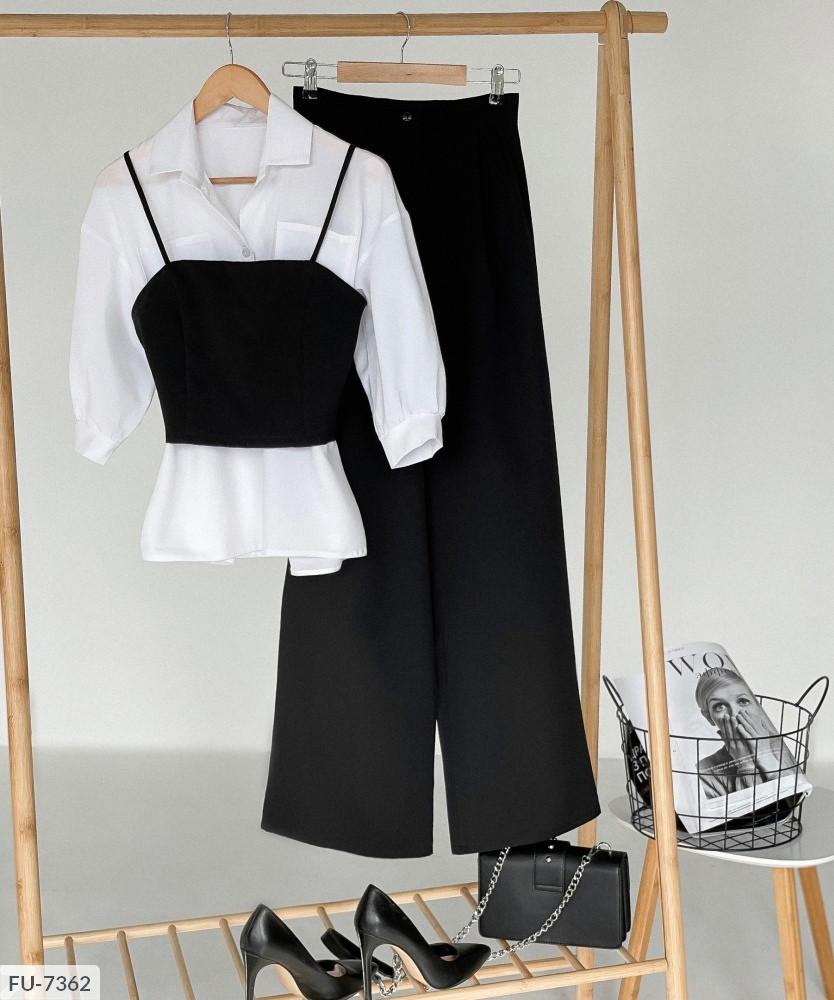 Жіночий брючний костюм з топом і сорочкою