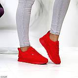 Стильні легкі яскраві червоні замшеві жіночі кросівки доступна ціна, фото 8