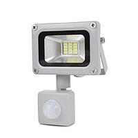 LED-прожектор Lightwell LW-10W-220PIR з датчиком руху