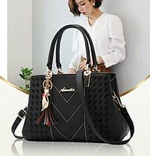 Жіноча сумочка з брелоком сумка з плечовим ременем для жінок