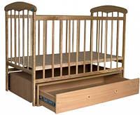 Манеж-кроватка «Наталка» с маятником и ламинированным ящиком (ясень светлый)