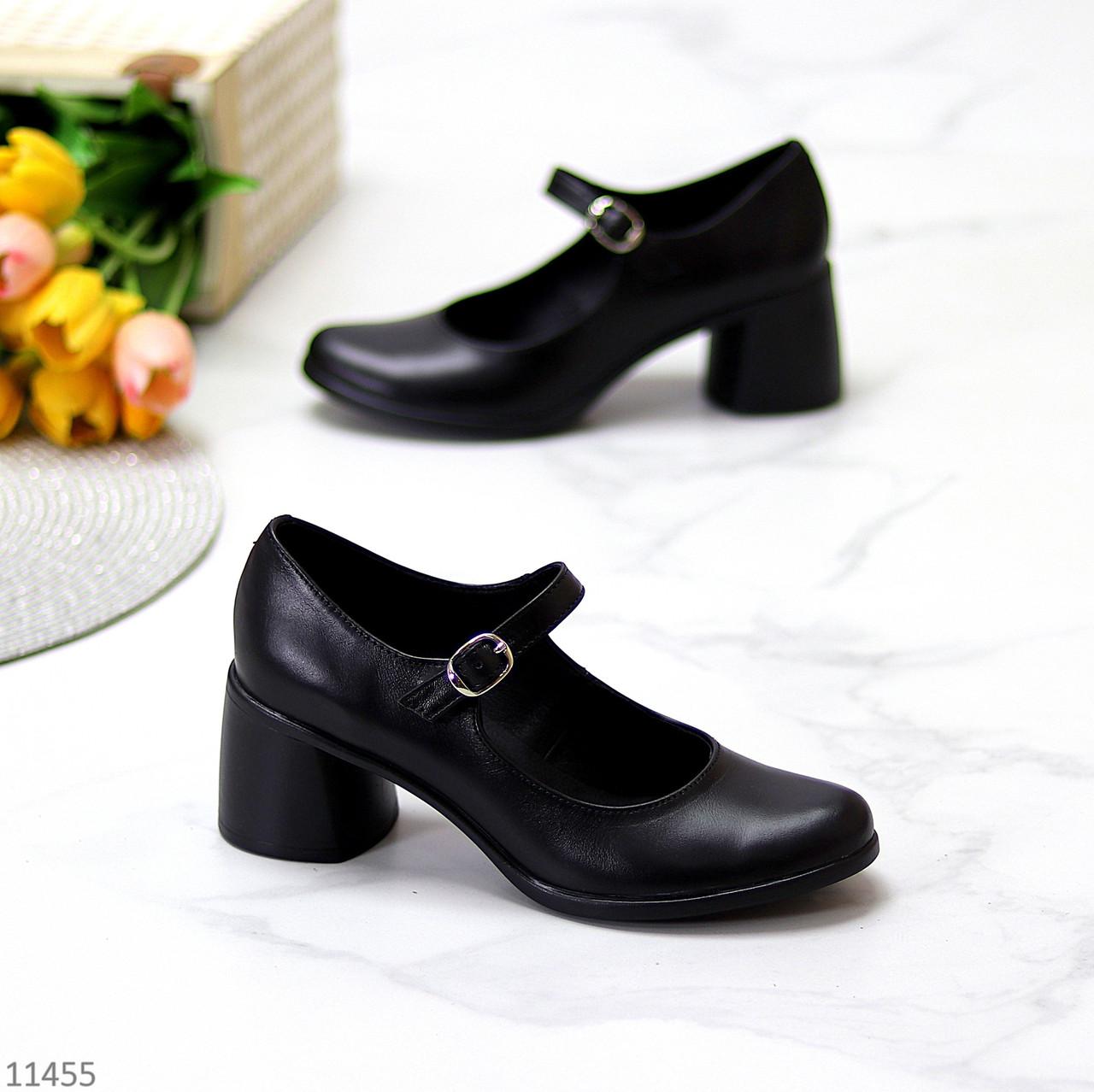 Чорні шкіряні жіночі туфлі натуральна шкіра на зручному каблуці класика