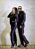 Мужской спортивный костюм adidas с цветными полосками по бокам, фото 3