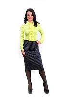 Женская рубашка с рюшами салатовая