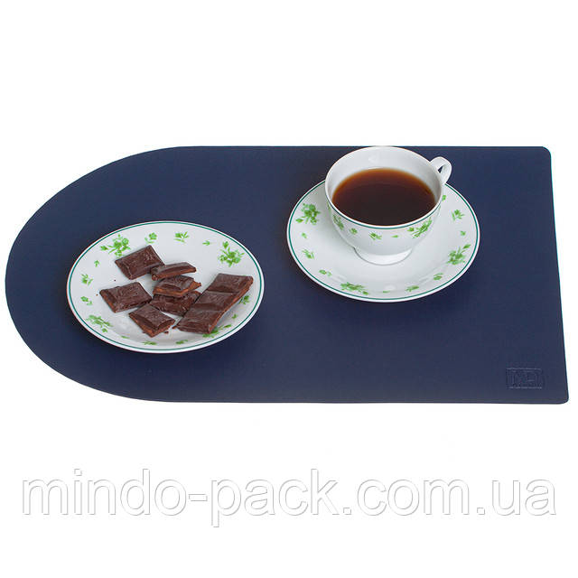 производим кожаные накладки на столы с лого