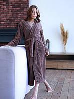 Дуже красивий жіночий халат з капюшоном і кишенями в кольорі шоколад
