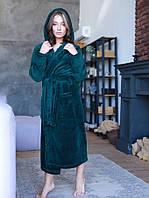 Махровий жіночий халат з капюшоном і кишенями в темно зеленому кольорі