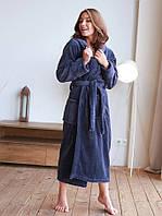 Махровий жіночий халат з капюшоном в стильному колір графіт