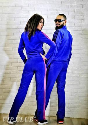 Спортивный костюм с боковыми полосками малинового цвета, фото 2