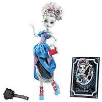 "Кукла Френки Штейн ""Золушка в нитках"" Страшные сказки Scary Tales Monster High"