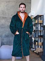 Махровий чоловічий халат з капюшоном смарагдового кольору