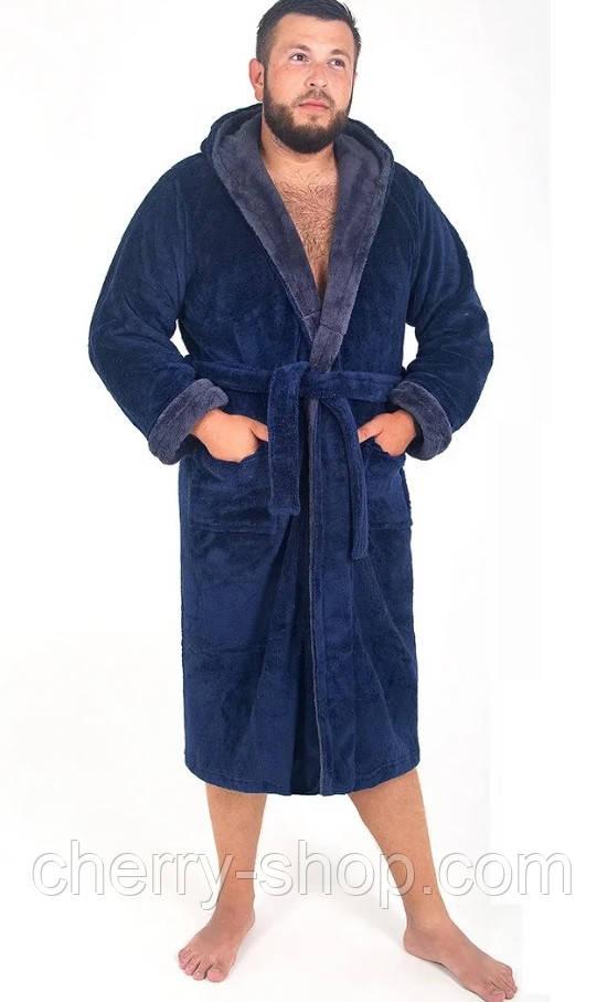 Махровый мужской халат с капюшоном в стильной расцветке