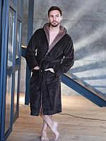 Теплый махровый мужской халат с капюшоном коричневого цвета
