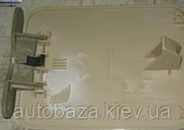 Крышка люка топливного бака Geely MK 1018004817