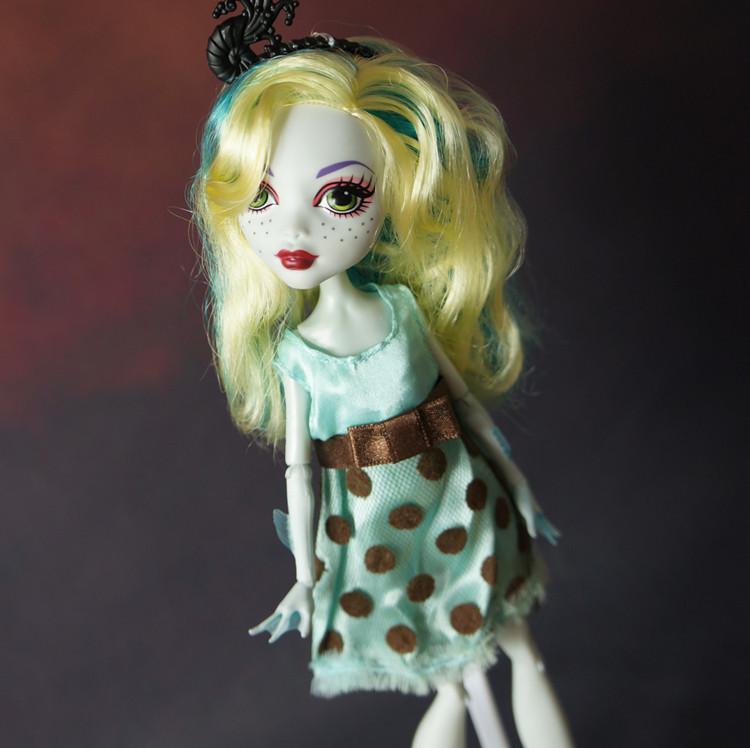 Одежда для куклы Монстер Хай в ассортименте Китай